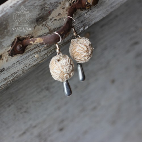 lace_ball_silver_drop_earrings_2