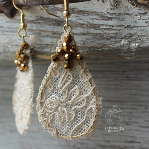lace_teardrop_gold