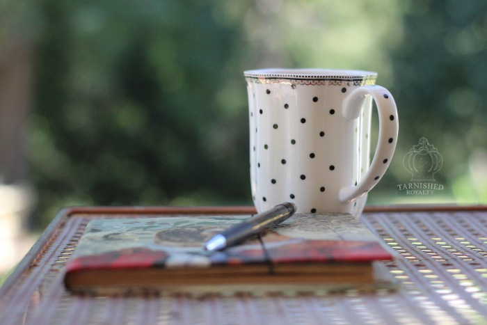 creativity_coffee_notebook_outdoors
