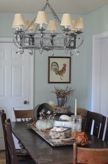 dining_room_table_rooster