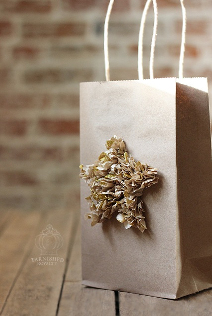 gift_bag_tissue_star_1