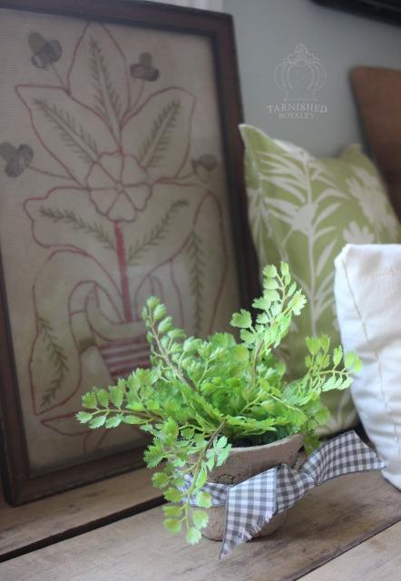 floral_arrangements_tiny_fern